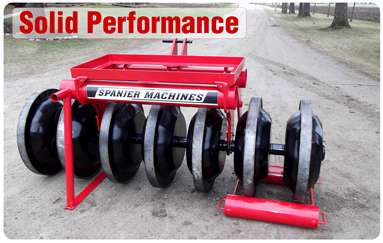 silage-packer-solid-performance-manure-equipment-Canada